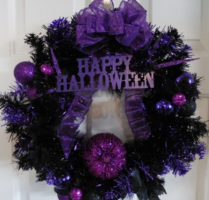 Black Tinsel Pumpkin Wreath