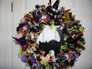 Spooky Cat Halloween Rag Wreath
