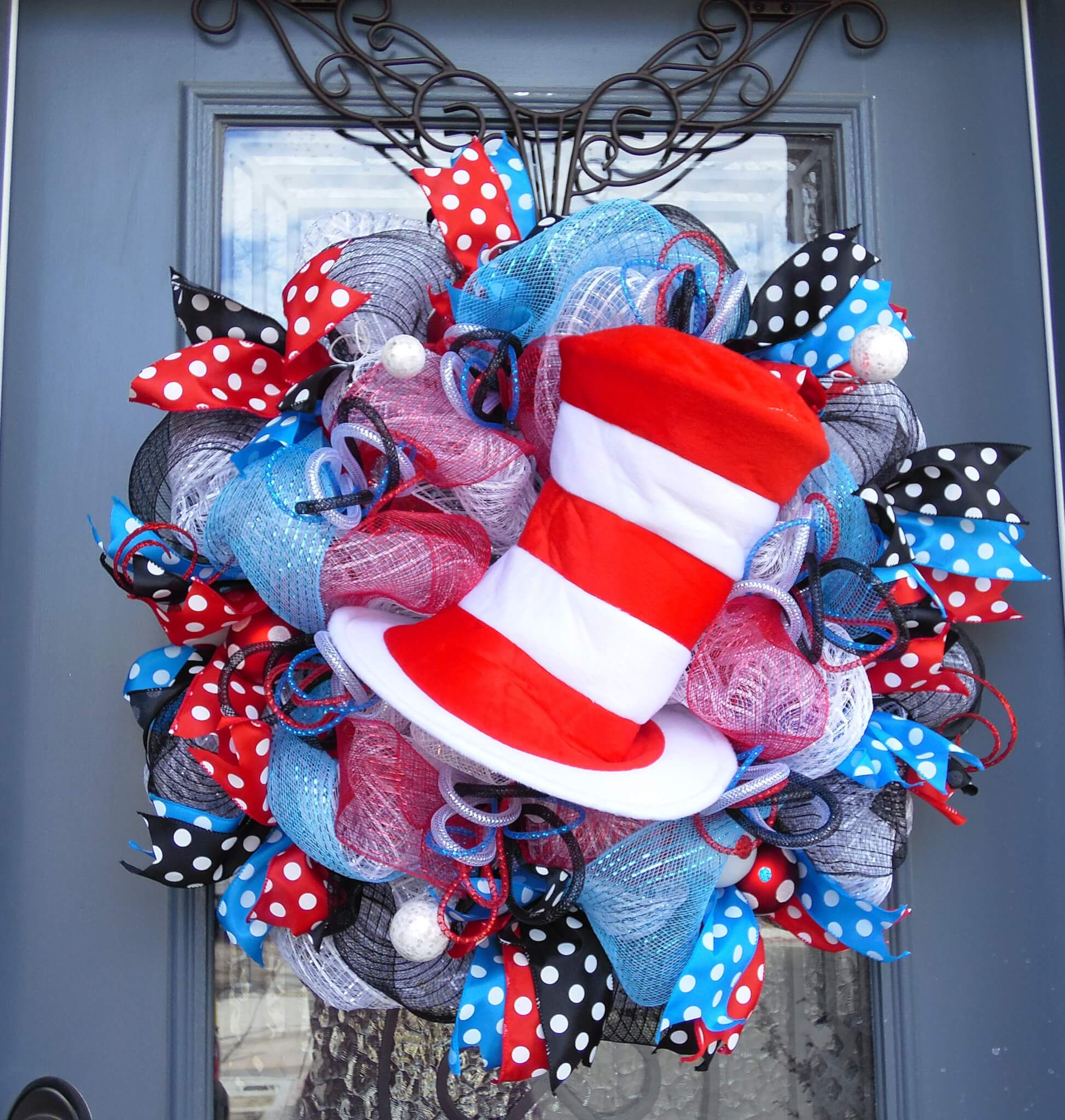 Dr. Seuss Cat in the Hat Wreath
