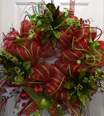 Traditional Lighted Christmas Red and Lime Green Wreath