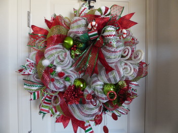 Lighted Red Green White Christmas Wreath