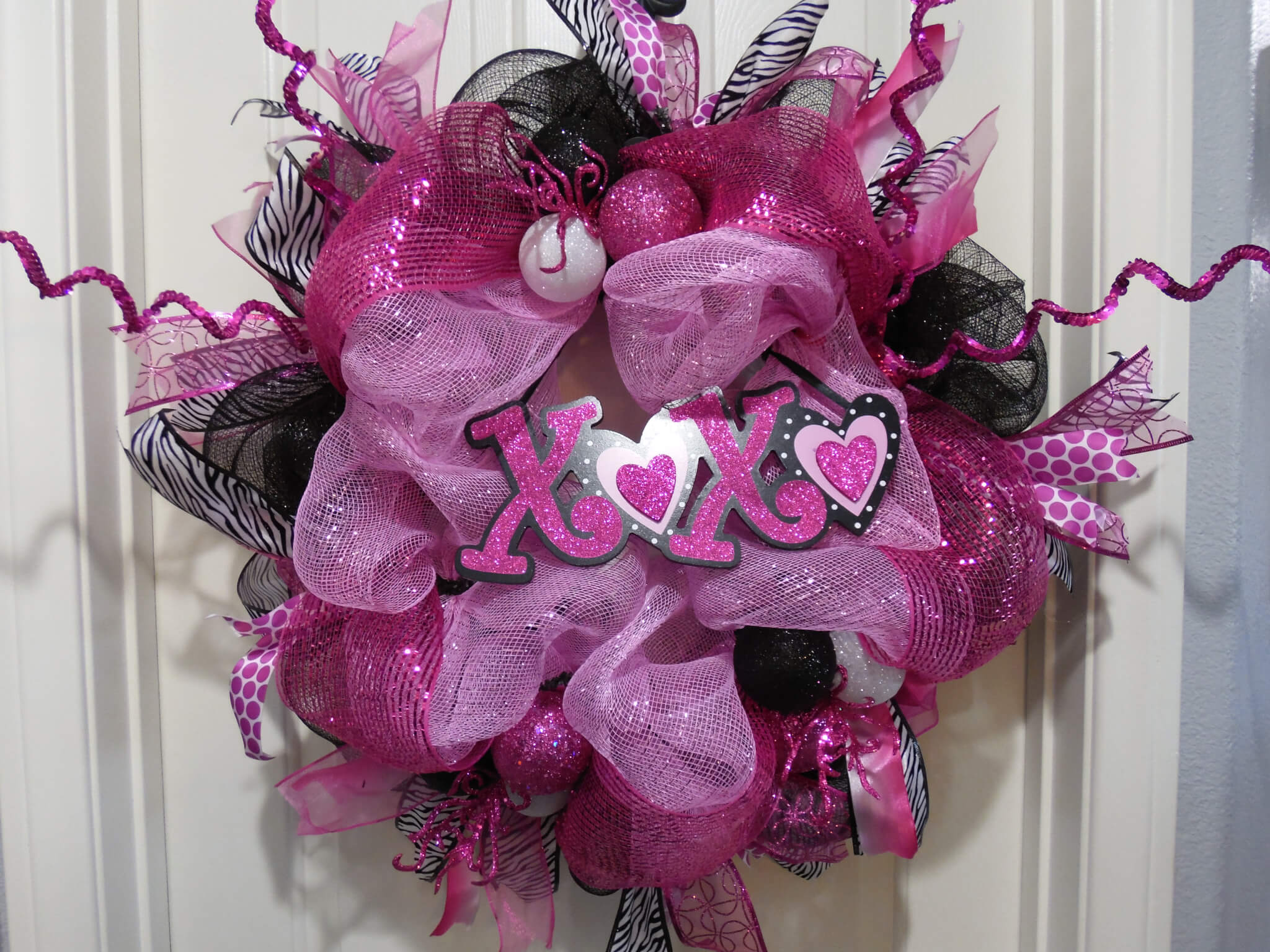 Valentines Day Wild Love XOXO Zebra Print Wreath