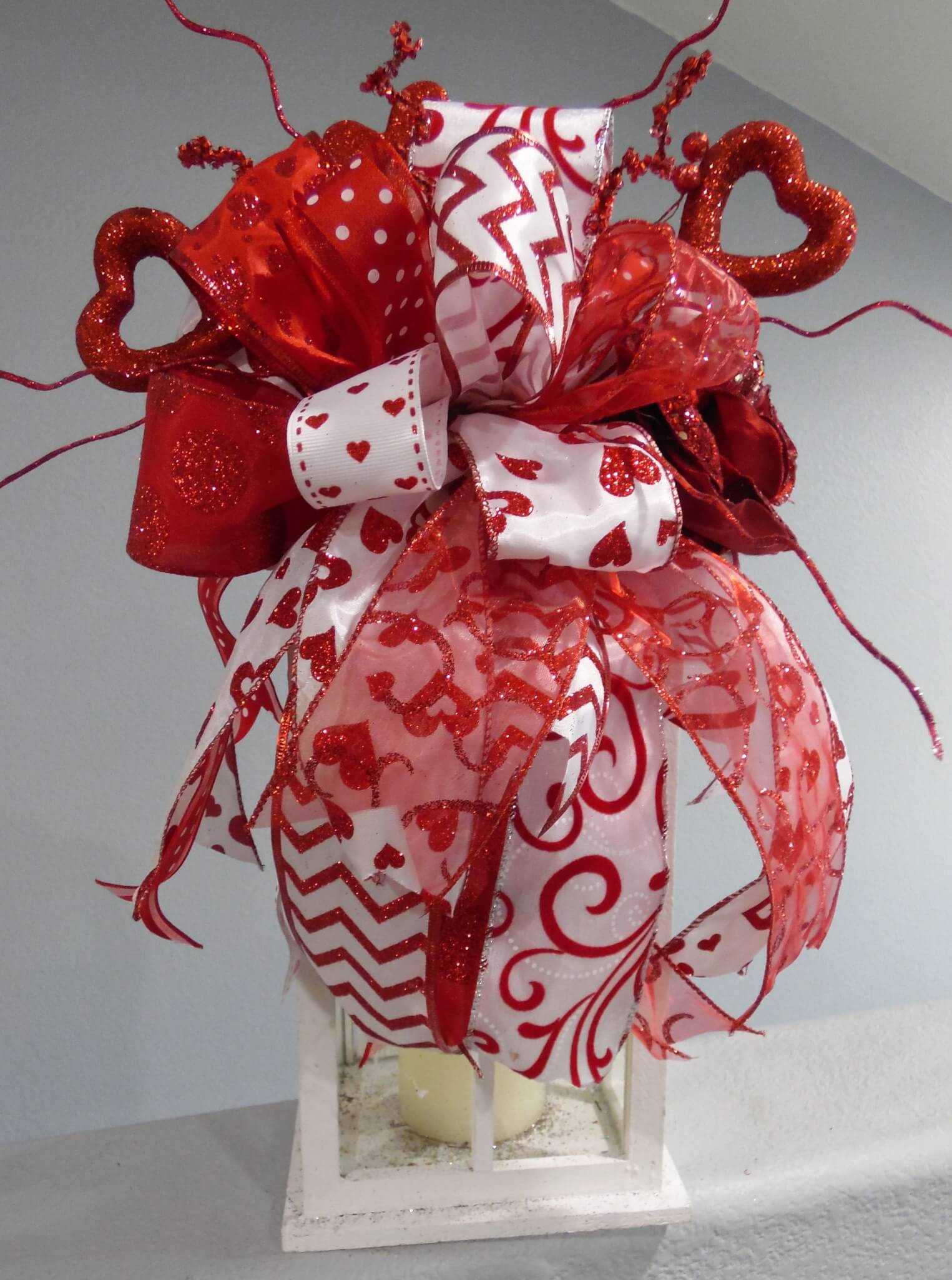 Valentines day swag lantern heart centerpiece