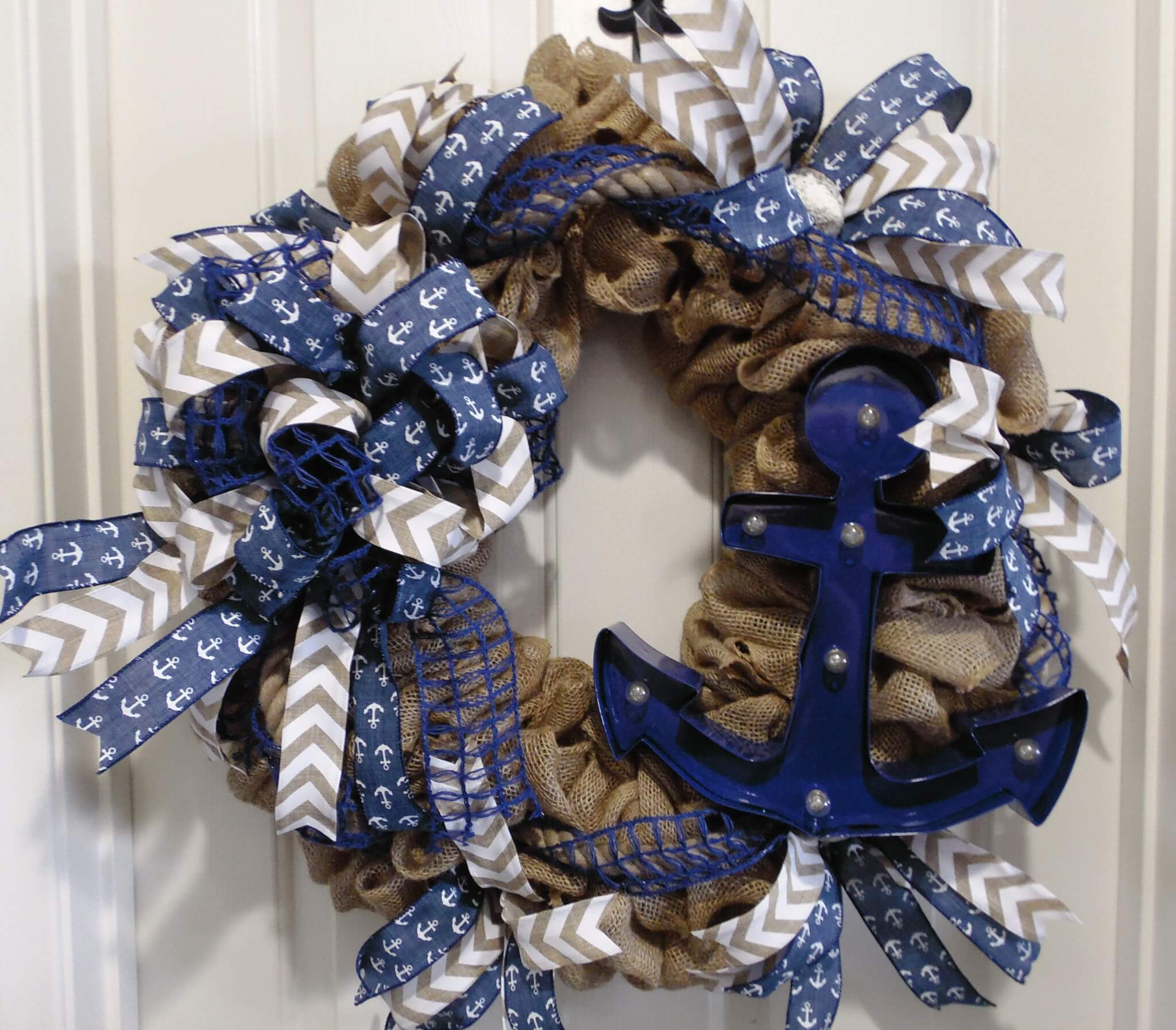 Lighted burlap nautical wreath wreaths garland for Burlap wreath with lights