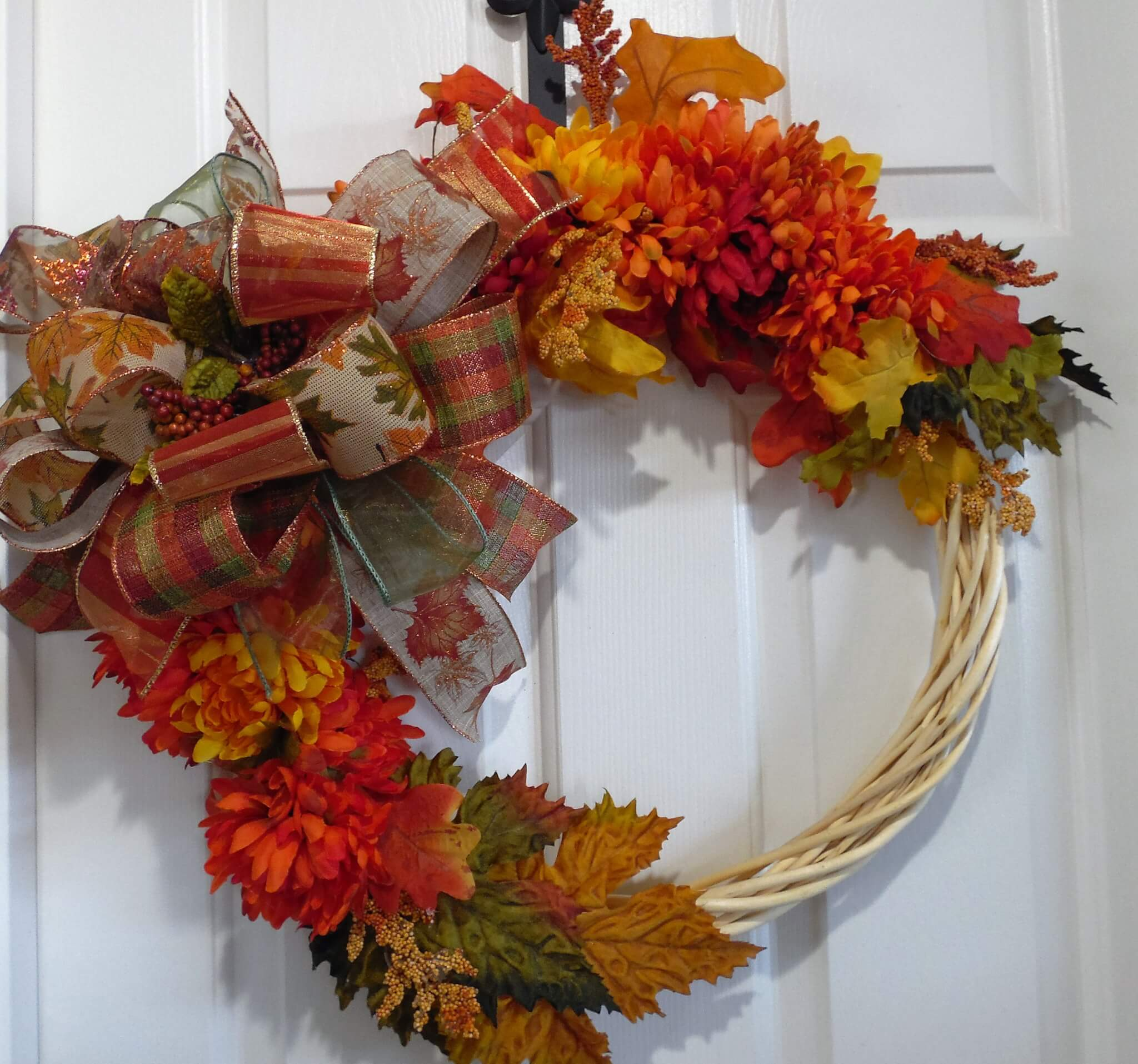 Fall Peeled Wood Mum Wreath