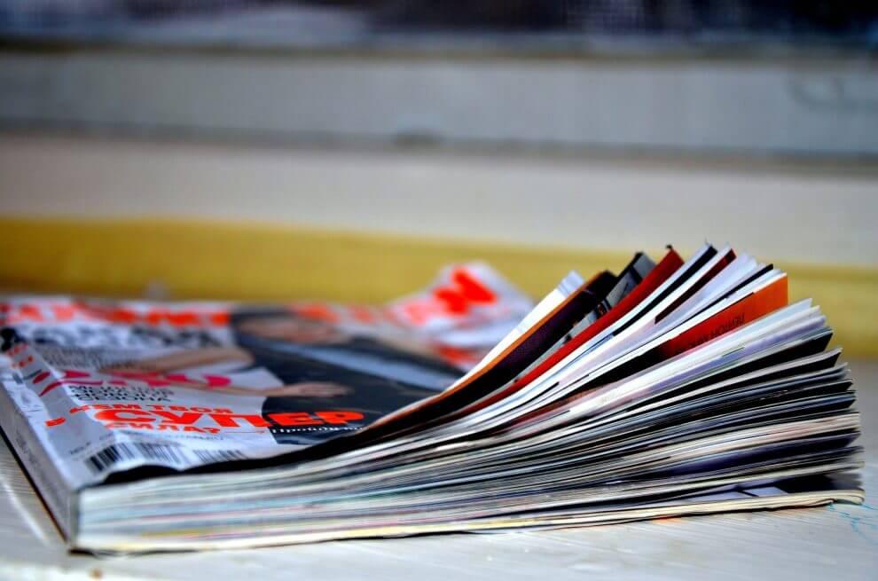 home decorating magazines wreaths garland centerpieces door swags swaymevegas