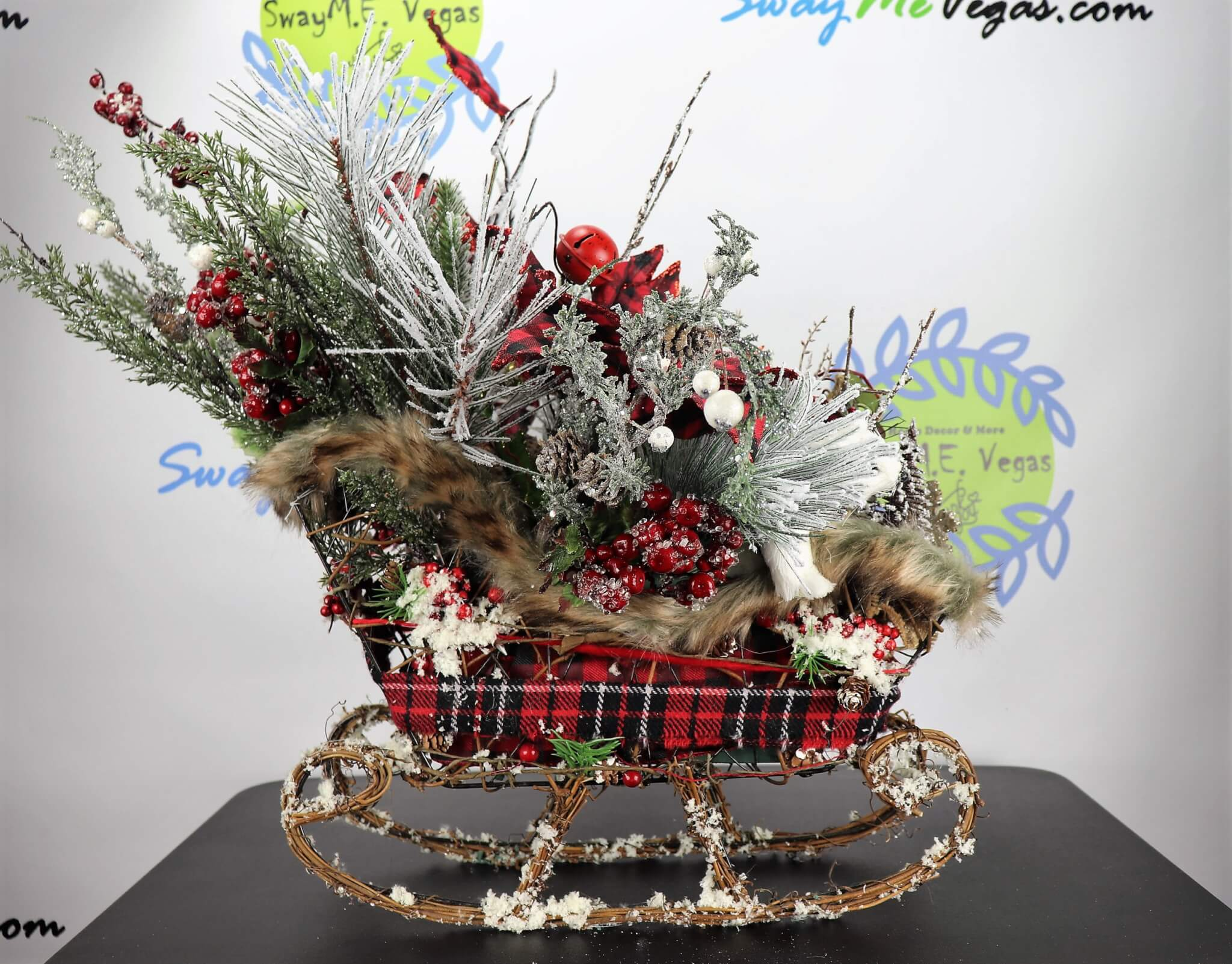 Sleigh-Rustic-Centerpeice-Buffalo-Plaid-11 Buffalo Plaid Woodland Christmas Centerpiece