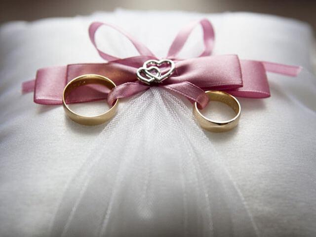 Wedding ribbon decorations