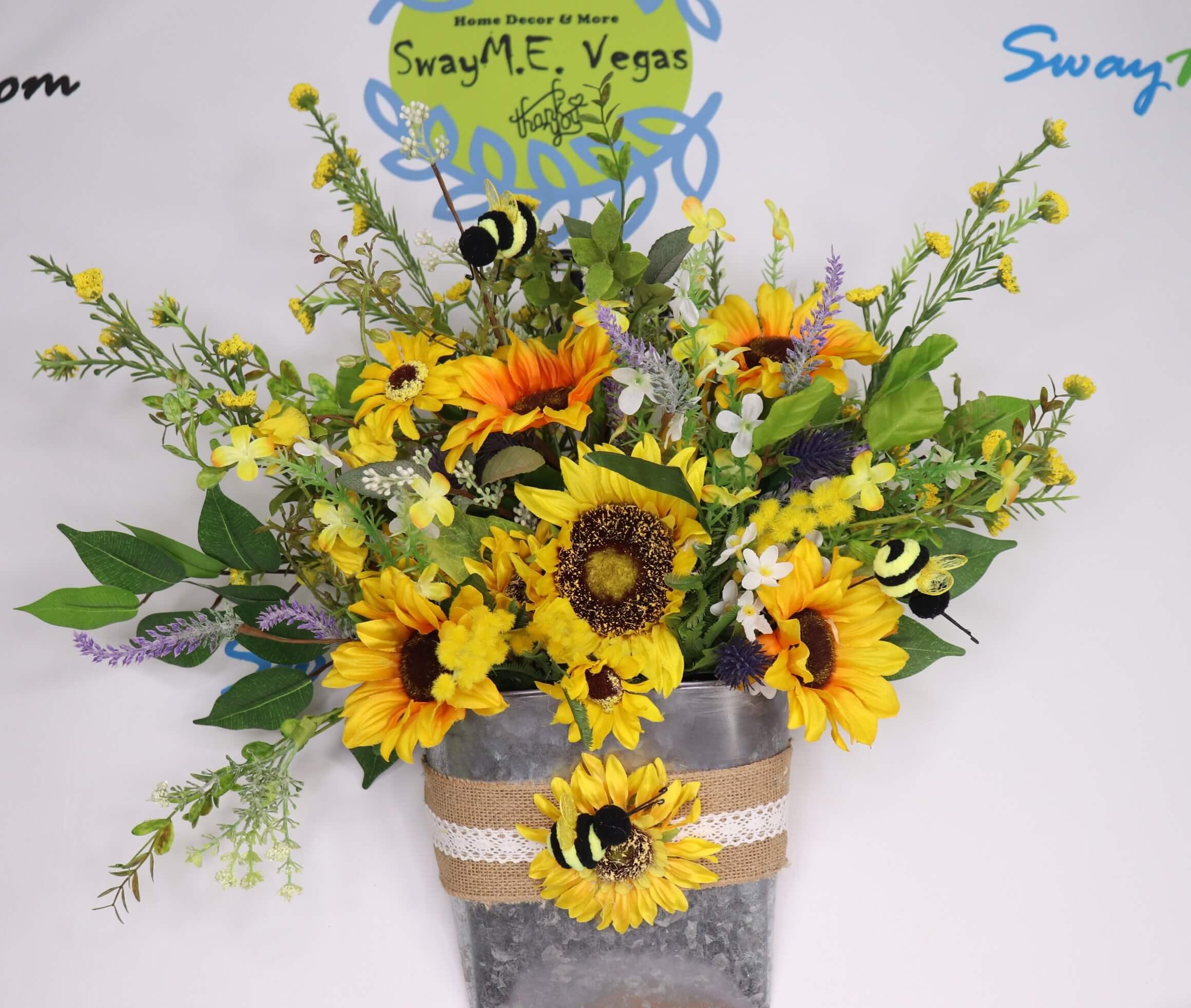Sunflower Summer Bumble Bee Door Hanger Basket 8
