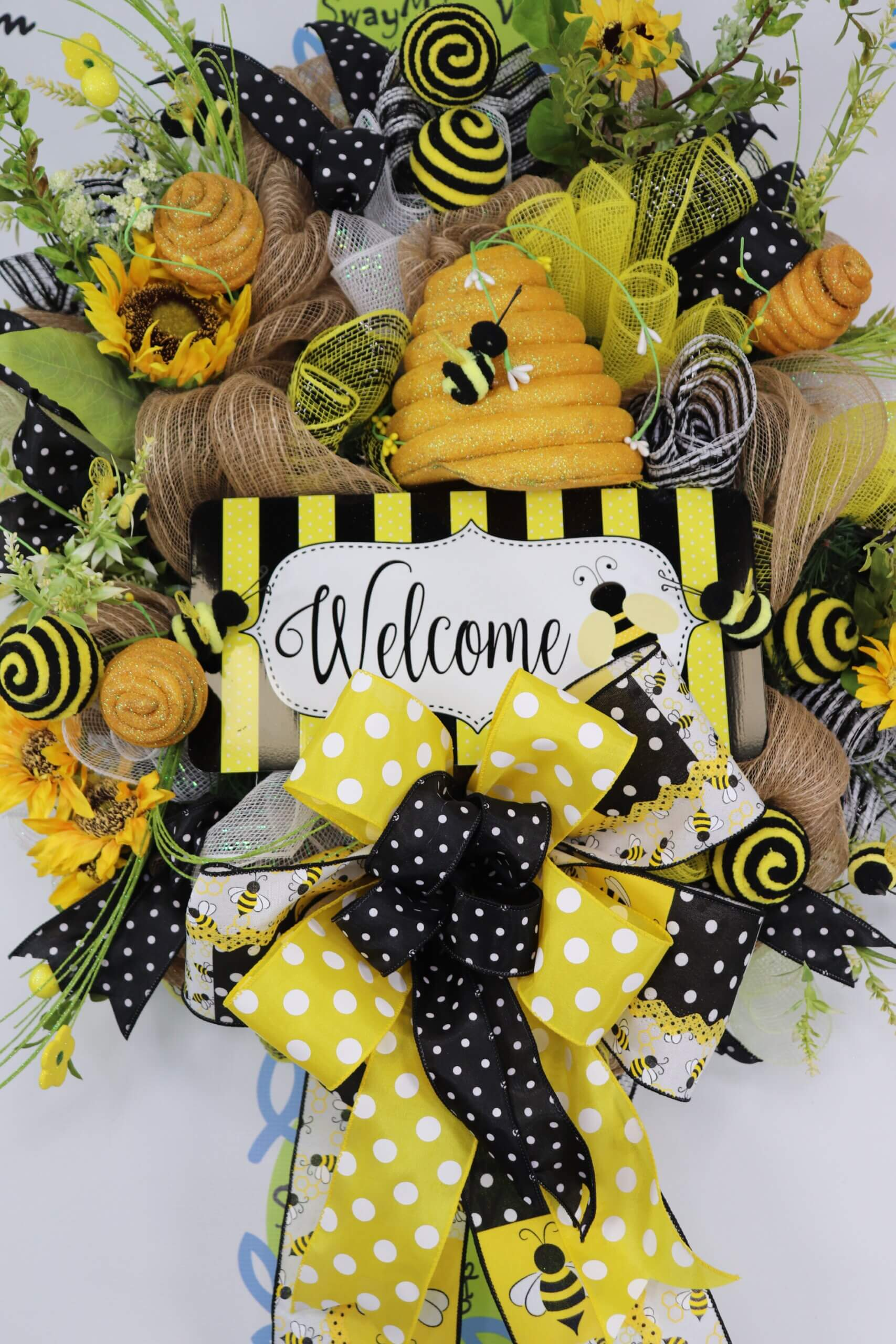 Welcome Bee Sunflower Summer Wreath 0 scaled